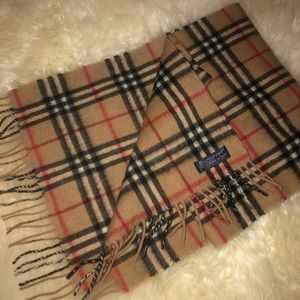 Cashmere 100% authentic Burberry scarf classic